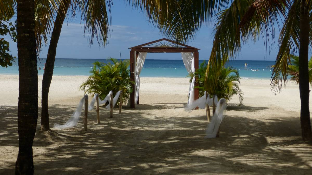 Couples Negril Honeymoon